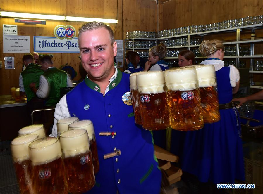 GERMANY-MUNICH-OKTOBERFEST-OPENING