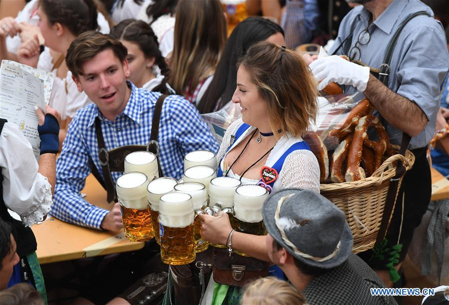 GERMANY-MUNICH-OKTOBERFEST-OPENING