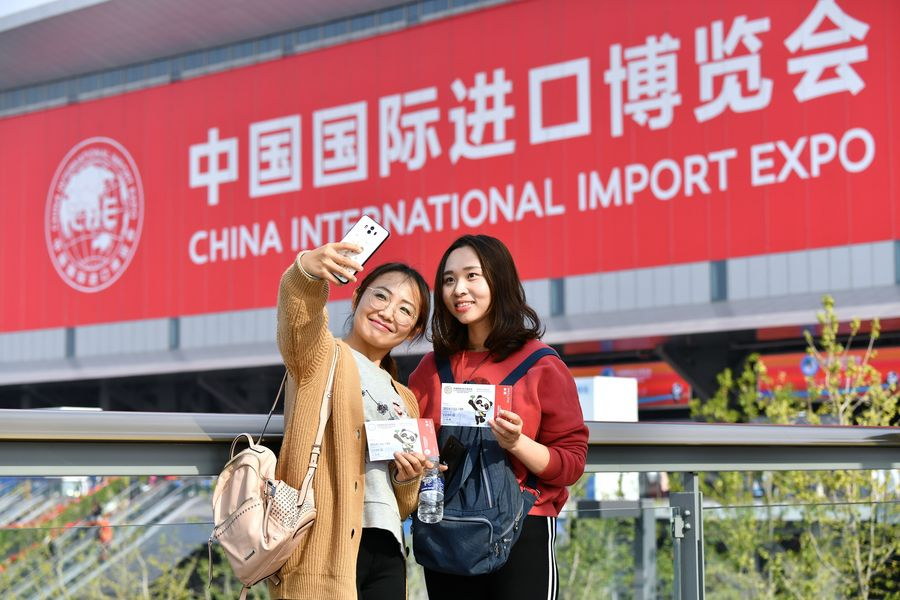 China import expo offers platform for cooperation between China, U.S., says scholar - Xinhua   English.news.cn