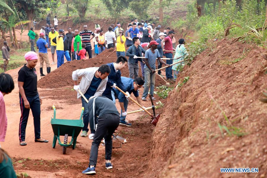 卢旺达-基加利-中国企业-卢旺达居民-社区工作