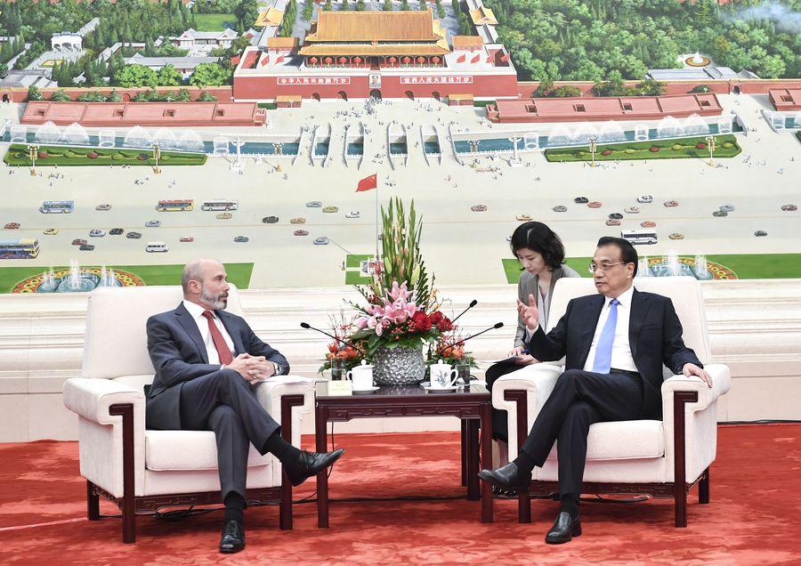 Chinese premier meets U.S. business delegation - Xinhua | English.news.cn