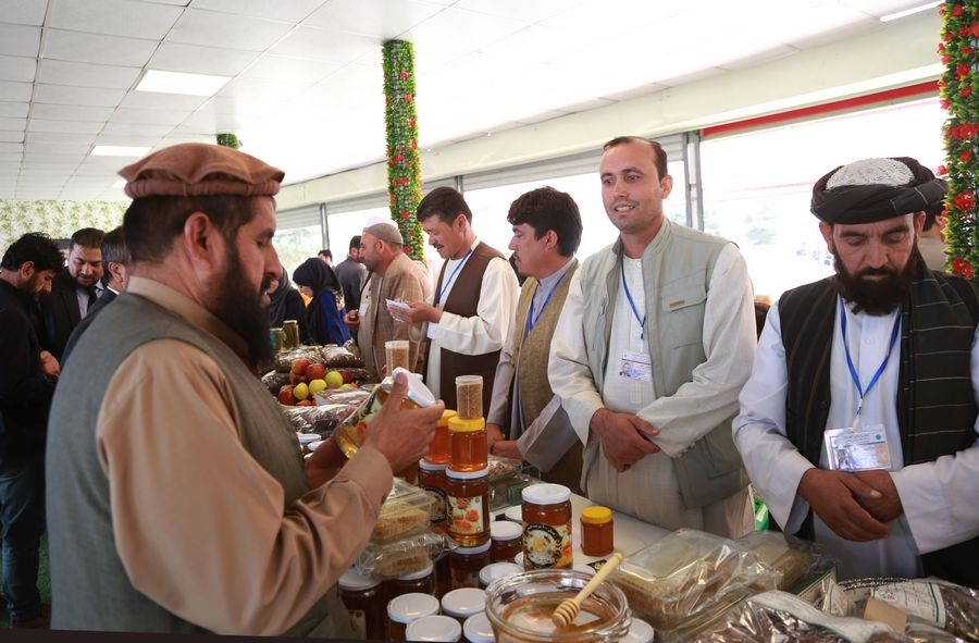 Afghan farmers take part in agricultural fair to explore markets - Xinhua | English.news.cn