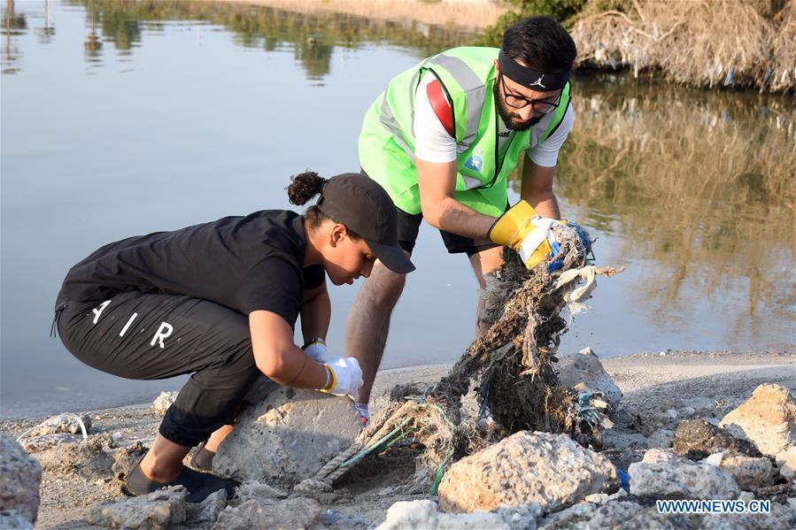 KUWAIT-KUWAIT CITY-SEA BEACH-CLEANING CAMPAIGN