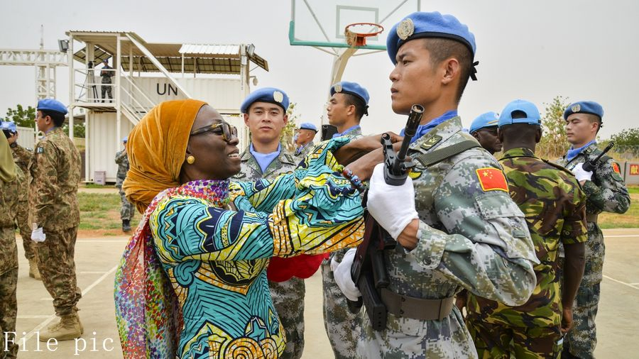 Chinese peacekeepers complete special transport mission in Darfur, Sudan - Xinhua | English.news.cn