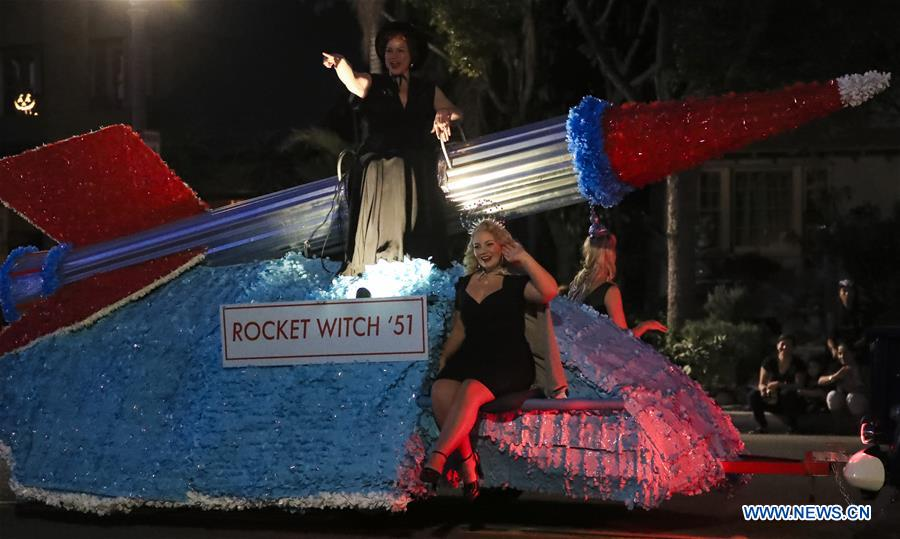 U.S.-CALIFORNIA-ANAHEIM-HALLOWEEN PARADE
