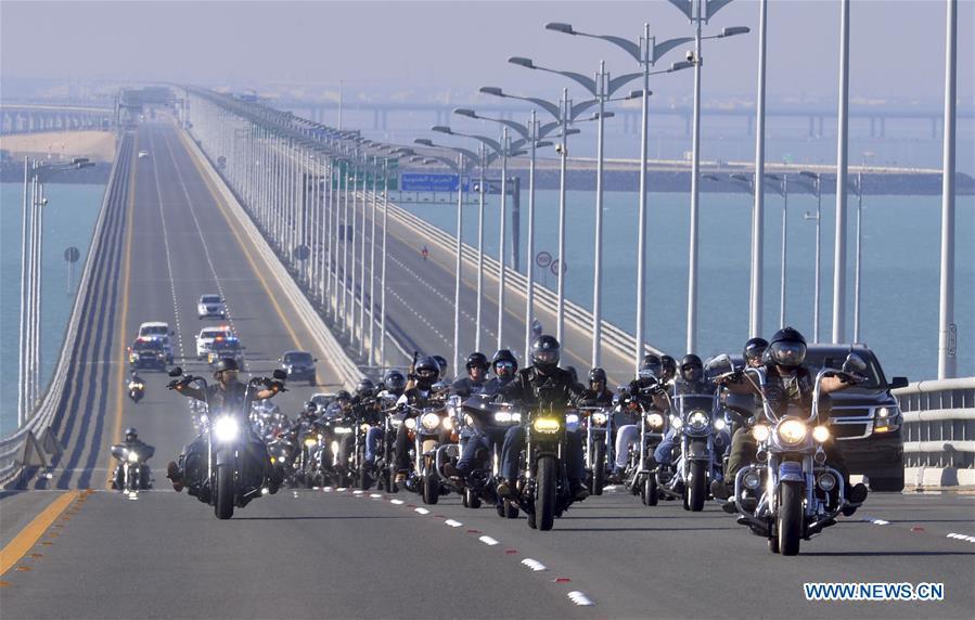(SP)KUWAIT-KUWAIT CITY-MOTORCYCLE TOUR
