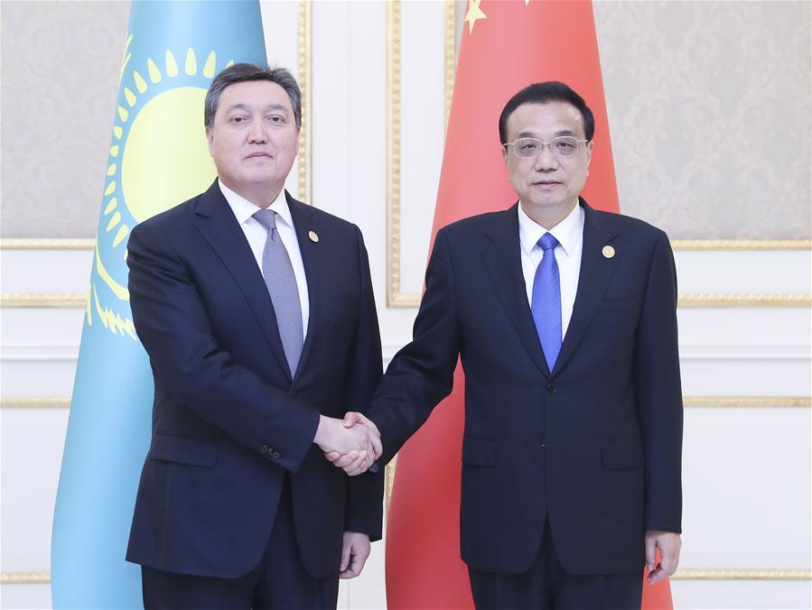 乌兹别克斯坦-塔什干-中国-李克强-哈萨克斯坦总理会议