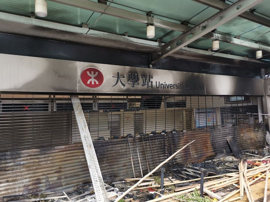 Roads blocked, train services suspended in Hong Kong as rioters disrupt traffic for 3rd day - Xinhua | English.news.cn