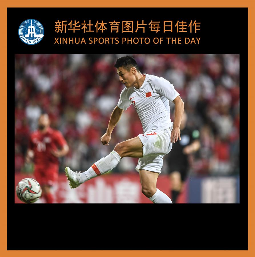 (SP)XINHUA SPORTS PHOTOS OF THE DAY