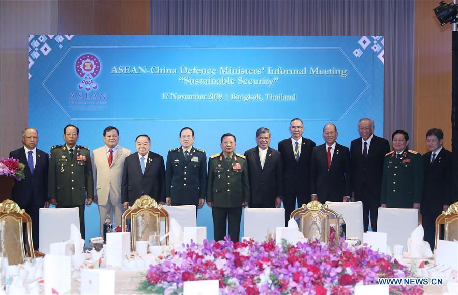 泰国-曼谷-China-东盟国防部长非邪式集会