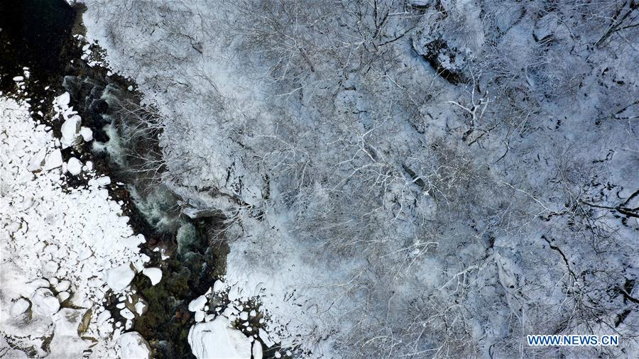 CHINA-SHAANXI-QINLING MOUNTAINS-SNOW-SCENERY (CN)
