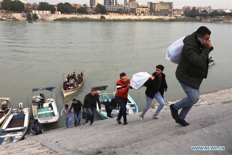伊拉克-巴格达-小船