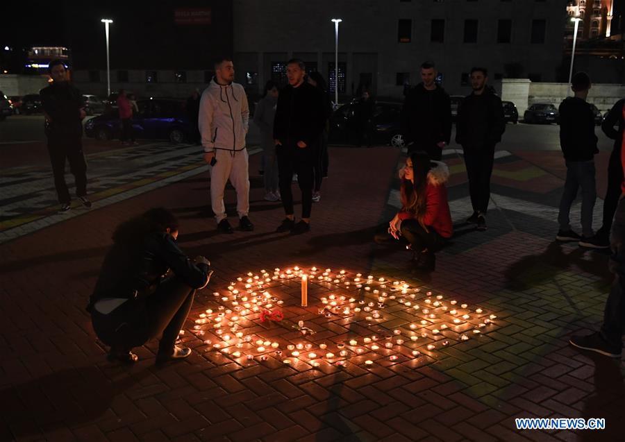 阿尔巴尼亚-地拉那-地震-捐赠祈祷