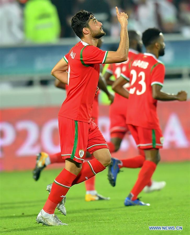 (SP)卡塔尔-多哈-足球-阿拉伯人阿曼VS科威特
