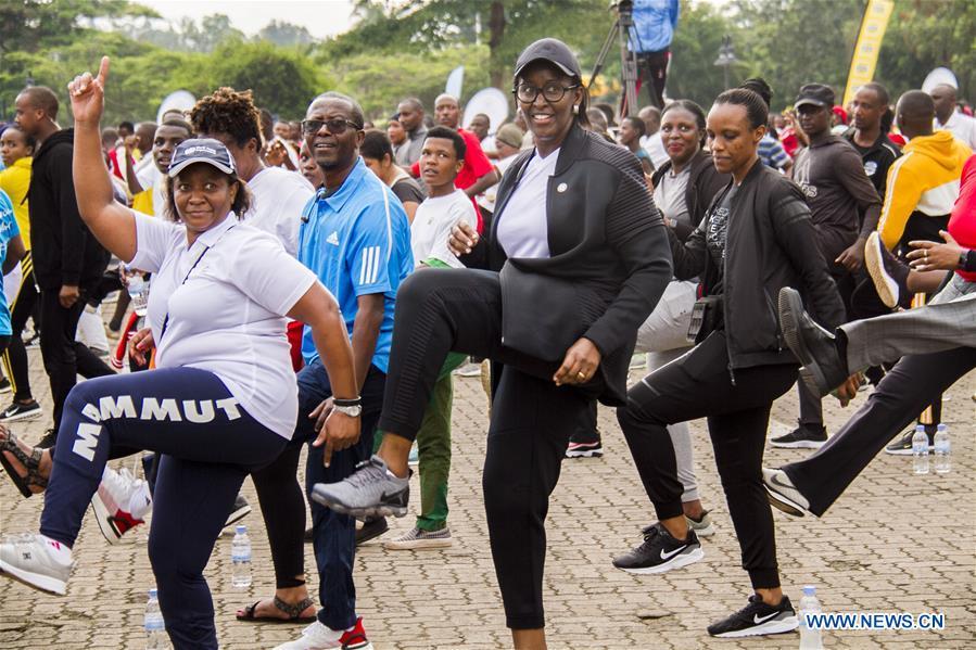 卢旺达-基加利-世界艾滋病日活动