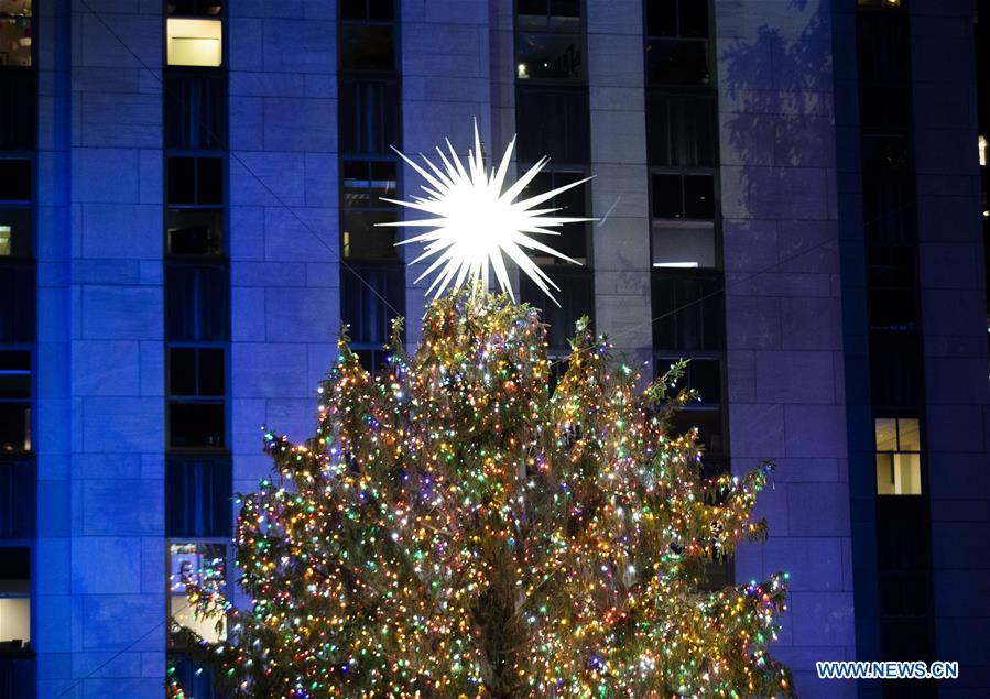 rockefeller center christmas tree lighting ceremony held in new york u s xinhua english news cn www xinhuanet com