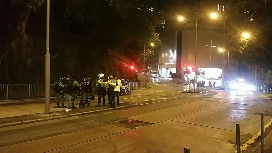 Hong Kong police defuse 2 fully-functional home-made bombs placed inside school - Xinhua | English.news.cn