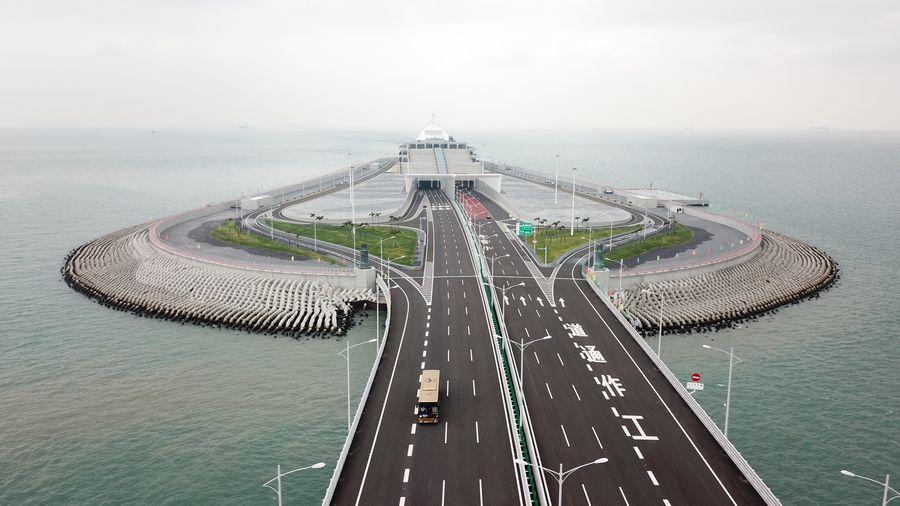 Interview: China's urbanization to help drive global development: expert - Xinhua   English.news.cn