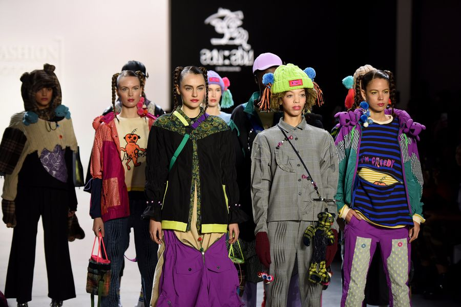 Leading Hong Kong Designers Participate In New York Fashion Week Xinhua English News Cn