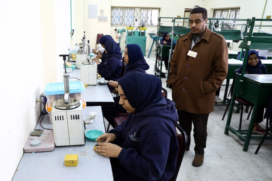 Egypt's first jewelry school ignites hope for jewelry-making industry - Xinhua | English.news.cn