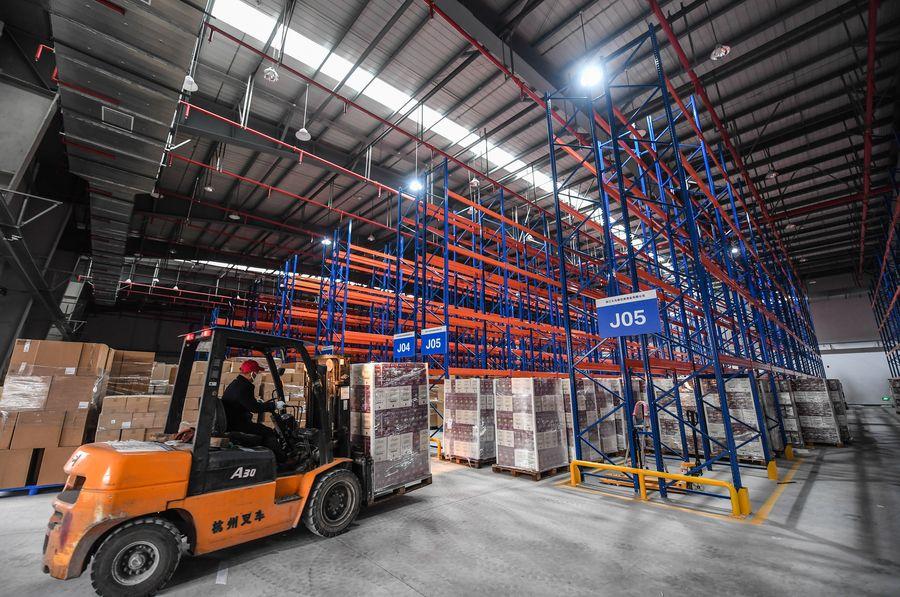 Spotlight: U.S. businesses, economists highlight China's key role in supply chain amid coronavirus outbreak - Xinhua   English.news.cn