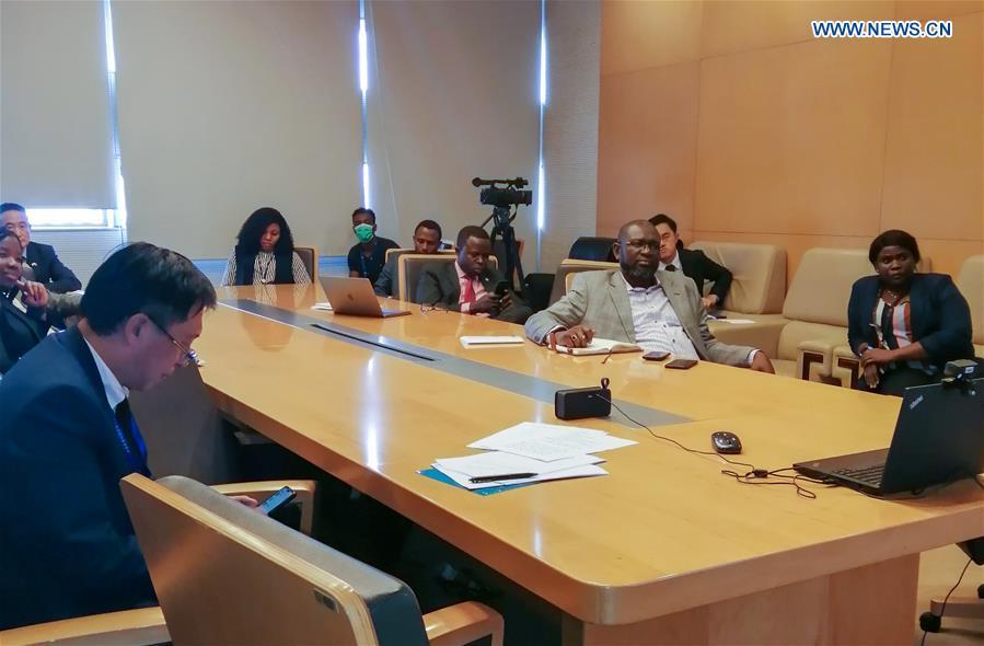 非洲-中国-COVID-19-视频会议合作