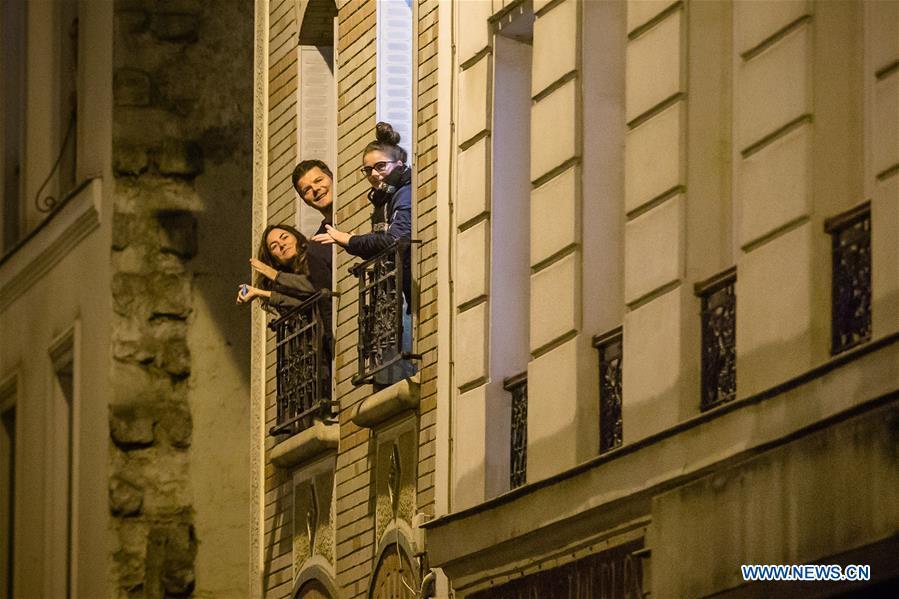 FRANCE-PARIS-COVID-19-向医疗人员鼓掌致敬