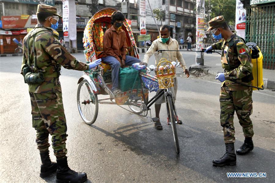 BANGLADESH-DHAKA-COVID-19-ARMY-DEPLOYMENT