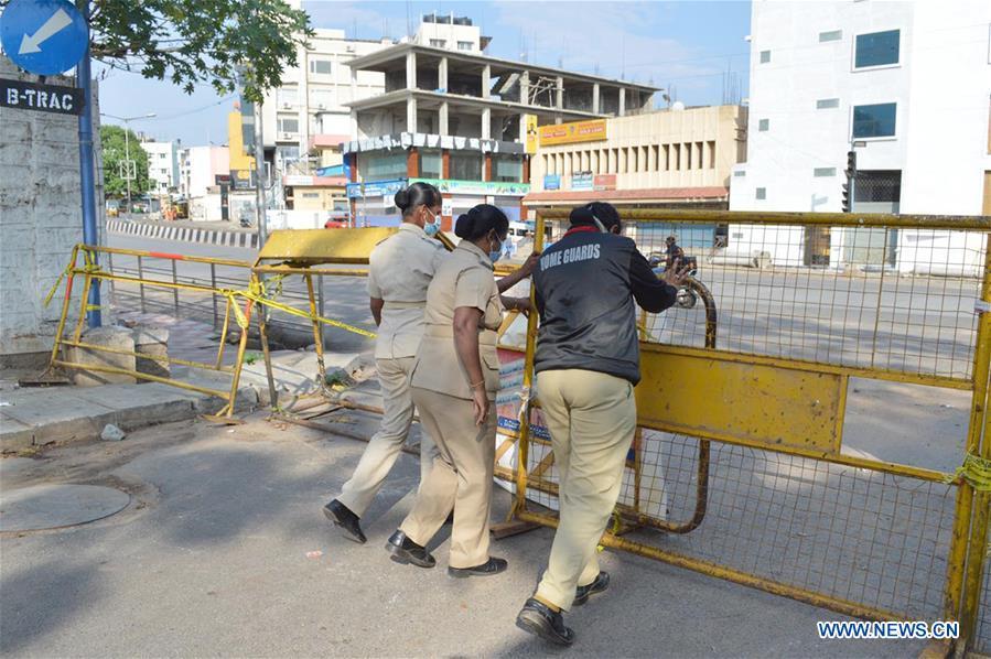 印度-班加罗尔-COVID-19-锁定