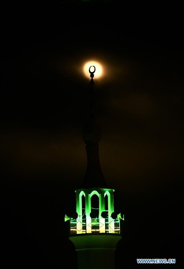 叙利亚-达马库斯-超级月亮