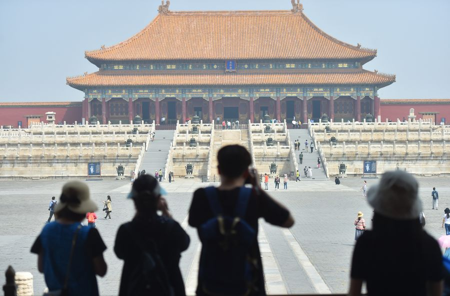 China's Palace Museum to raise daily visitor cap to 8,000 - Xinhua | English.news.cn