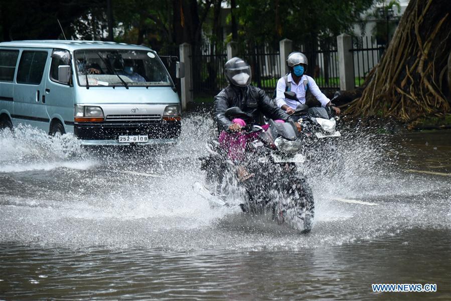 斯里兰卡-哥伦比亚-暴雨