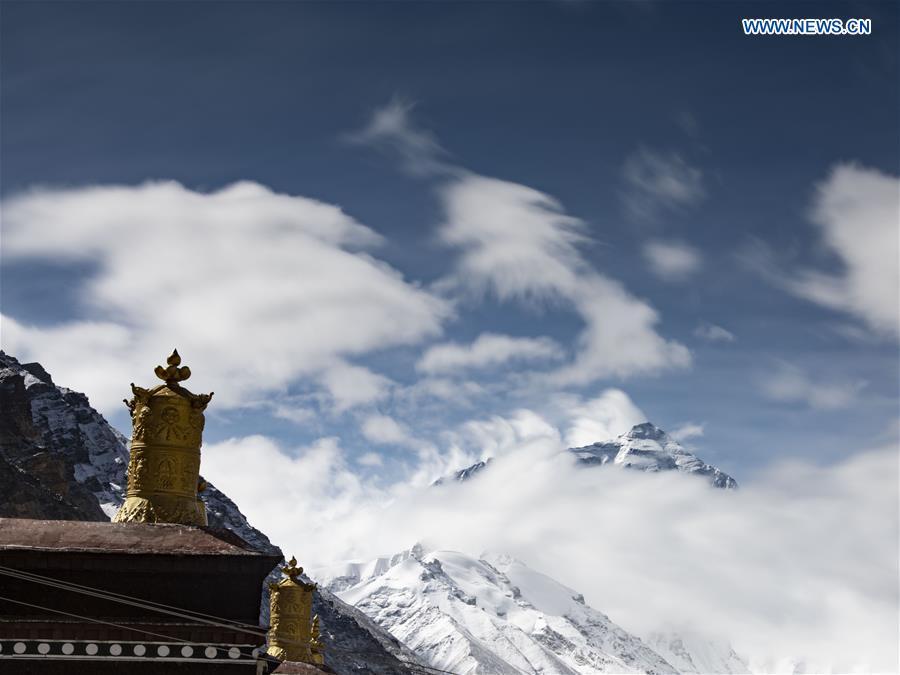 (InTibet)CHINA-TIBET-MOUNT QOMOLANGMA-VIEWS (CN)