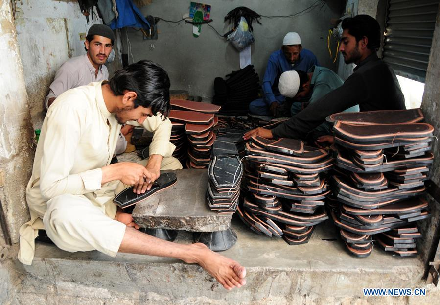 巴基斯坦-佩沙瓦尔-开斋节-朔特制作