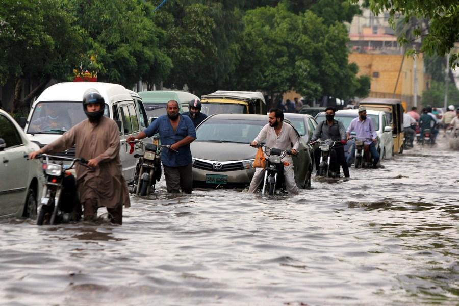 7 killed in monsoon rain spell in Pakistan's Karachi - Xinhua | English.news.cn