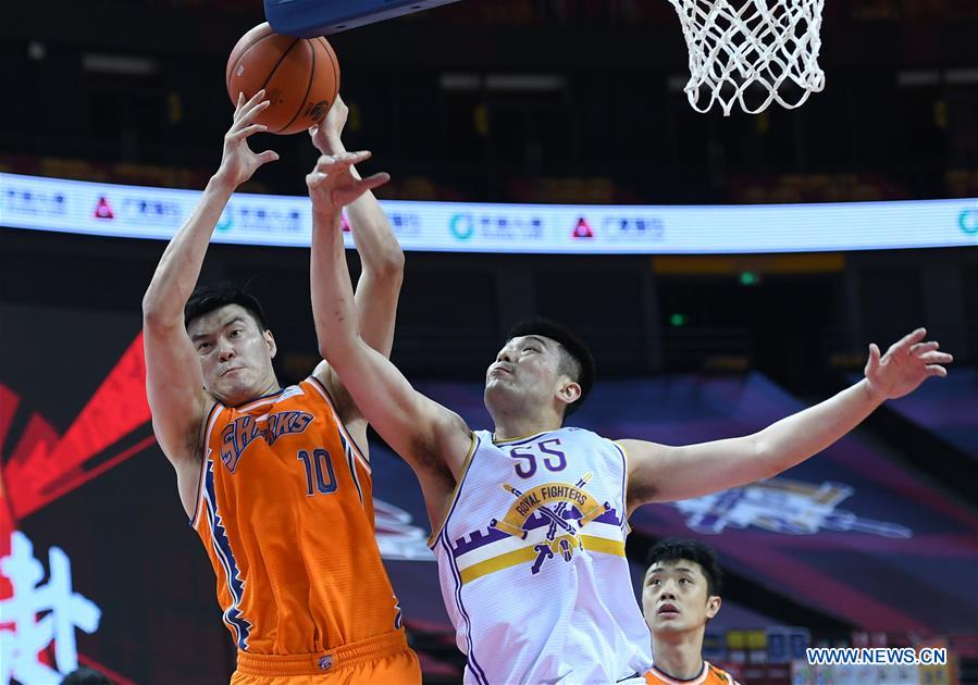 (SP)CHINA-QINGDAO-BASKETBALL-CBA LEAGUE-BEIJING VS SHANGHAI (CN)