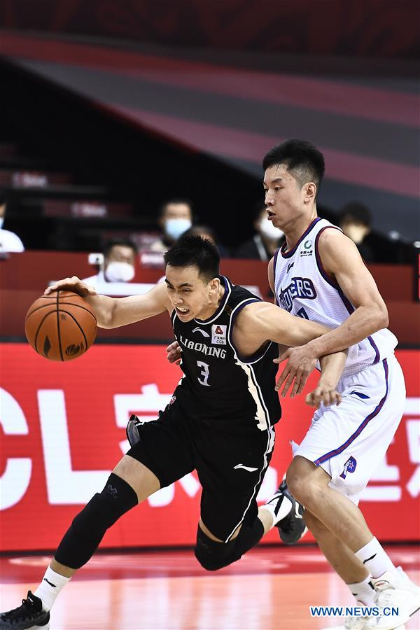 (SP)CHINA-QINGDAO-BASKETBALL-CBA LEAGUE-TIANJIN VS LIAONING (CN)