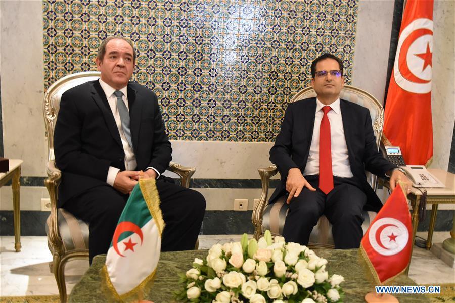TUNISIA-TUNIS-FM-ALGERIA-FM-MEETING