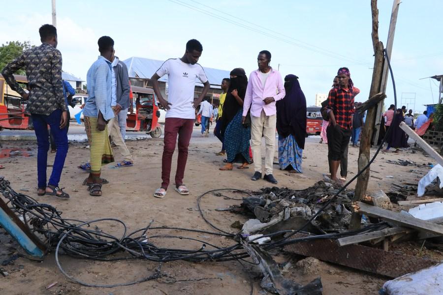 Somali army chief survives suicide attack in capital Mogadishu - Xinhua | English.news.cn