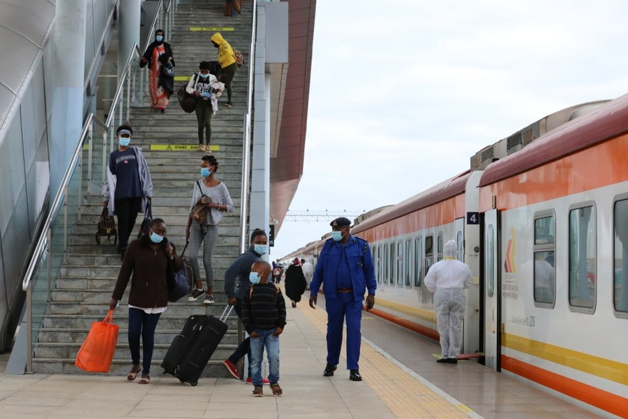 Kenya's SGR resumes passenger services amid enhanced COVID-19 measures - Xinhua | English.news.cn