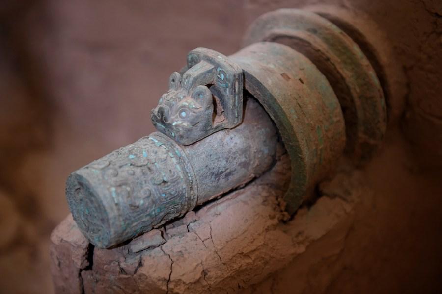 Ancient bronze chariot restored in China's Shaanxi - Xinhua | English.news.cn