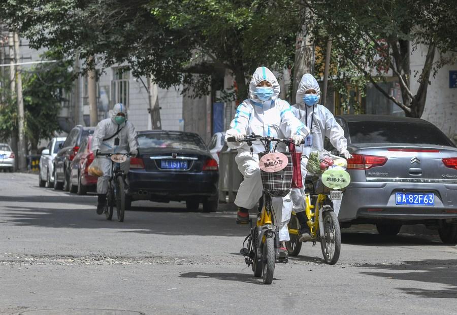 Xinjiang reports 22 new confirmed COVID-19 cases - Xinhua   English.news.cn