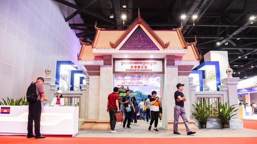 Cambodia-China FTA to boost bilateral trade, investment ties: Cambodian minister - Xinhua | English.news.cn