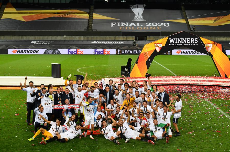 sevilla edge inter 3 2 to lift sixth uefa europa league title xinhua english news cn www xinhuanet com