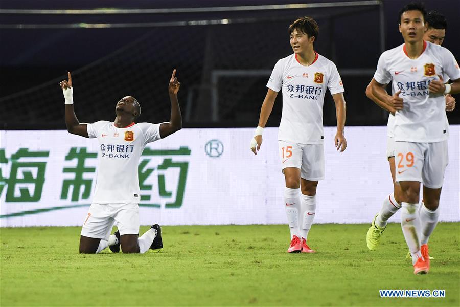 (SP)中国-苏州-足球-中国超级联赛-武汉VS青岛(CN)