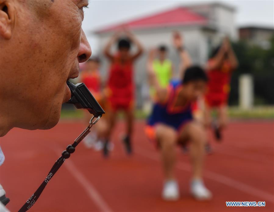 (SP)中国-江西-豪华农村体育教师(中国)