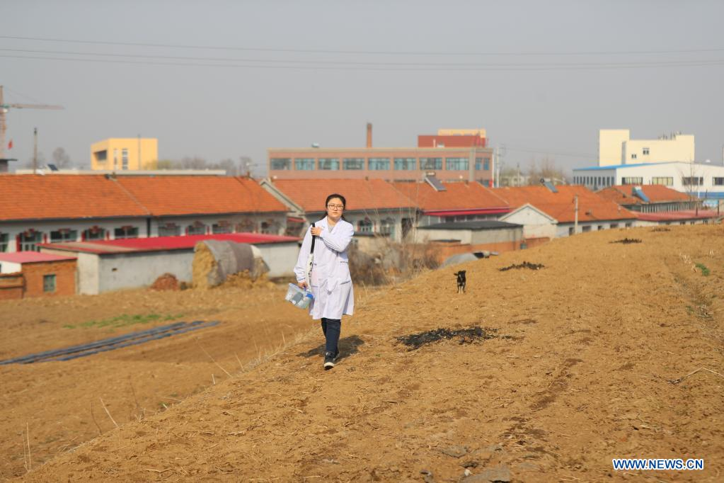 University Graduate Works As Village Doctor to Safeguard Health of Locals