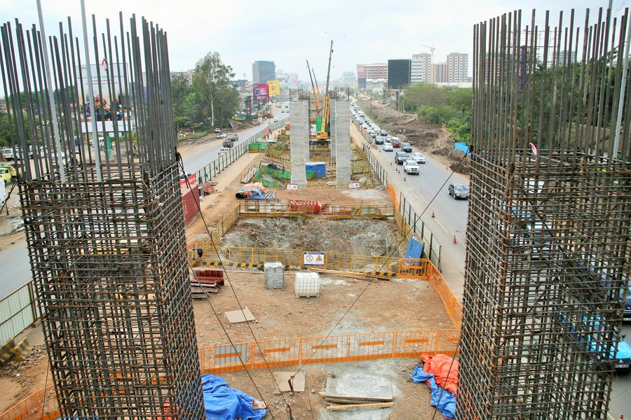 Roundup: Chinese contractor fast-tracks building of Kenya's expressway - Xinhua   English.news.cn