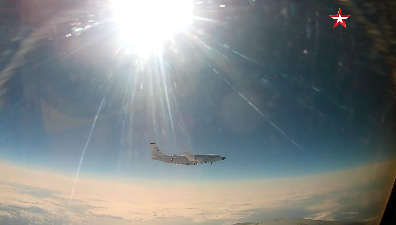 Russian fighter intercepts U.S. reconnaissance plane over Pacific - Xinhua   English.news.cn