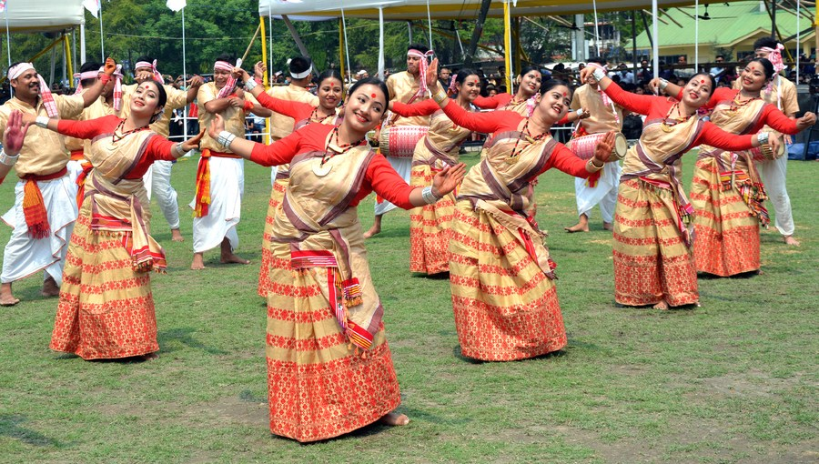 Rongali Bihu Festival marked in India's northeastern state of Assam - Xinhua | English.news.cn
